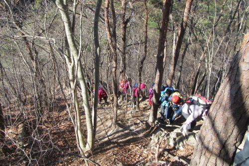 飯盛山への登り