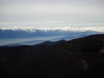 後立山の山並み