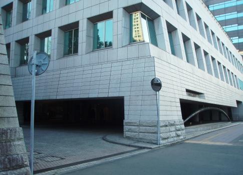 PC18036カナダ大使館