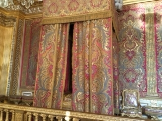 王のベッド1