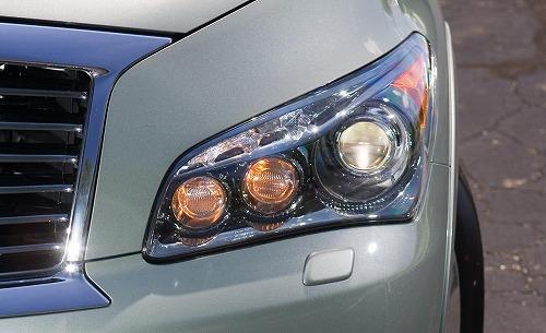 2011-Infiniti-QX56-4WD-Headlight.jpg