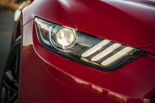 2015-Ford-Mustang-Ecoboost-headlight-02.jpg