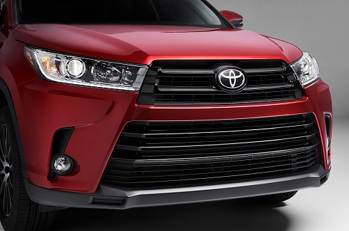 2017-Toyota-Highlander-front-close.jpg