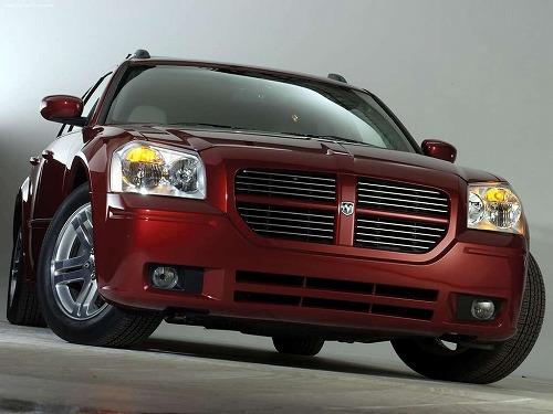 Dodge-Magnum_RT-2005-1024-07.jpg