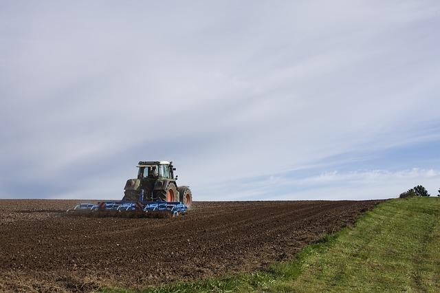 agricultural-machine-1918989_640.jpg