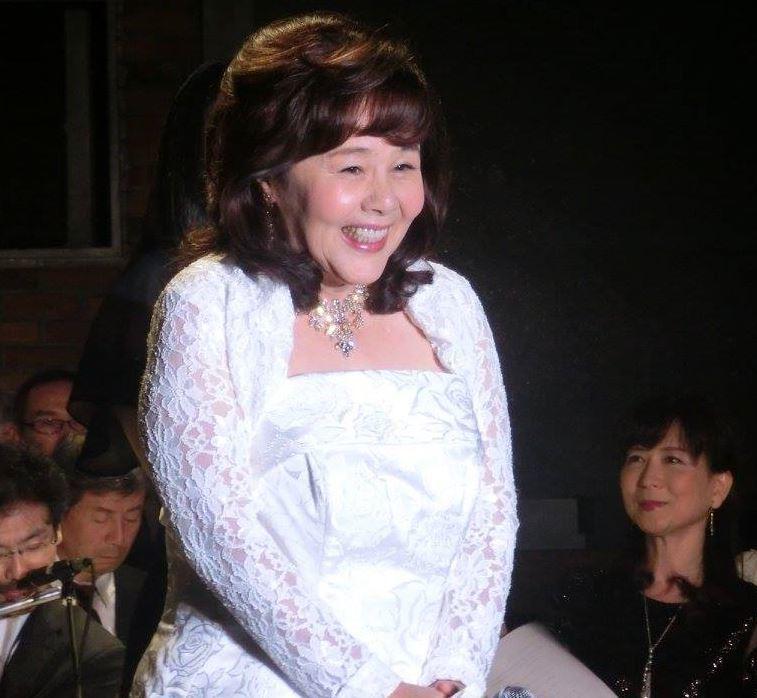 45周年白雪姫の天地真理さん101b