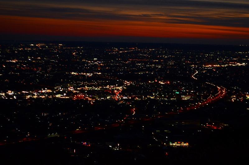 焼津アルプス主峰からの夕日と夜景tags[静岡県]