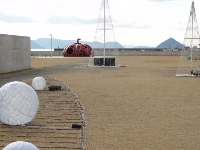 2016年12月15日 直島の赤かぼちゃ