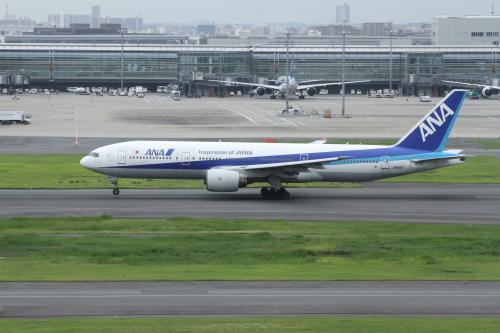 20_JA8197_羽田
