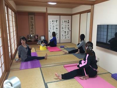 yoga2016111002.jpg