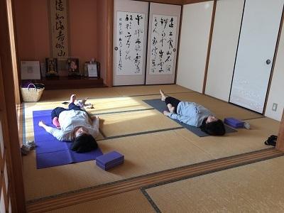 yoga2016120802.jpg