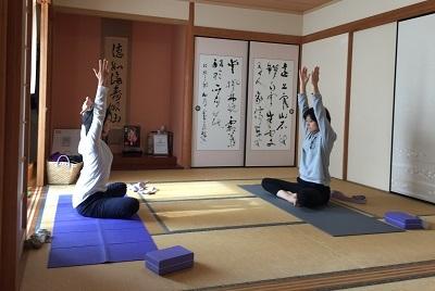 yoga2016120803.jpg