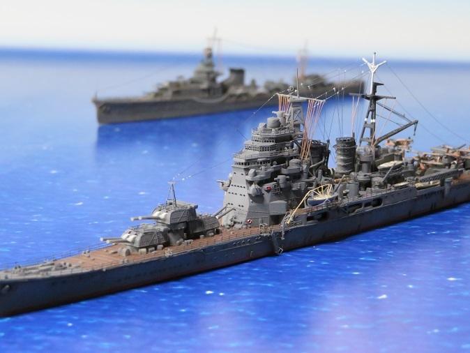 重巡鳥海と軽巡夕張