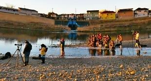 多摩川撮影の現場
