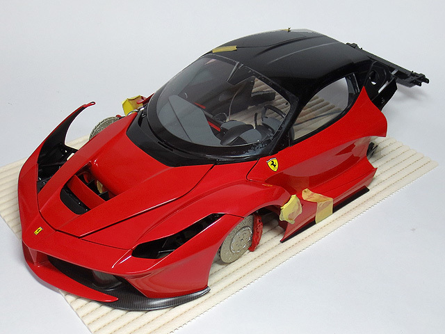 Weekly_LaFerrari_72_27.jpg