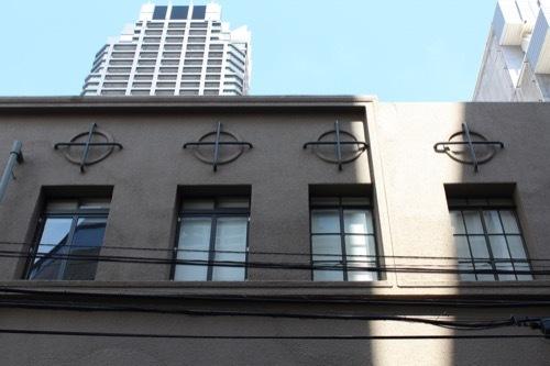 0186:伏見ビル ビル上部の装飾