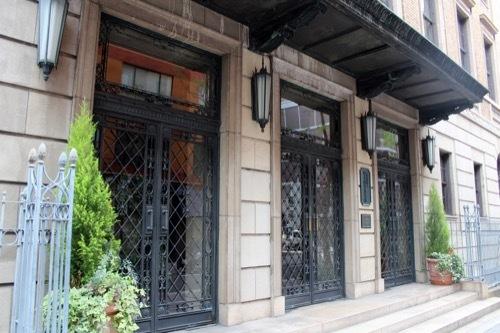 0190:綿業会館 本館入口