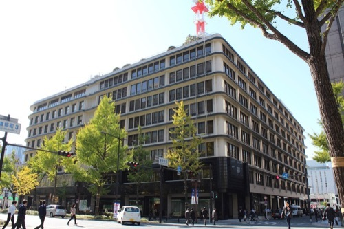0192:大阪ガスビル 北側交差点より