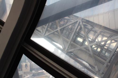 0200:梅田スカイビル 空中エスカレーター③