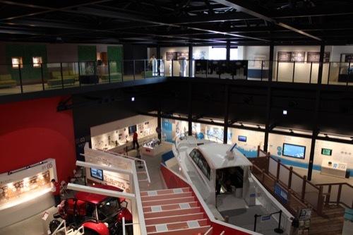 0205:ヤンマーミュージアム 展示室の様子③