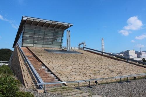 0207:新日本海敦賀ターミナル ターミナルの石垣②