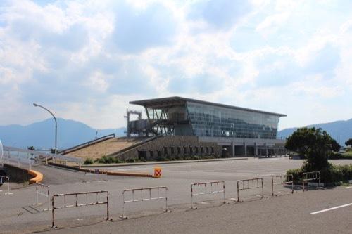 0207:新日本海敦賀ターミナル ターミナルを遠方から