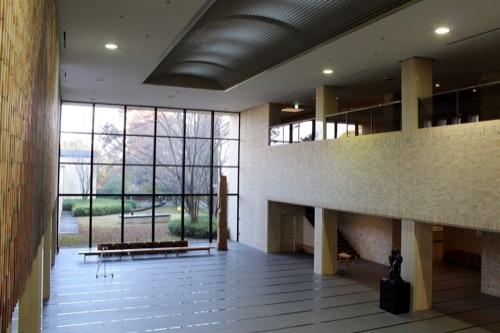 0208:三重県立美術館 エントランスホール①
