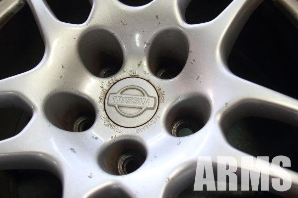 スカイライン R33 GTR 純正ホイール 2