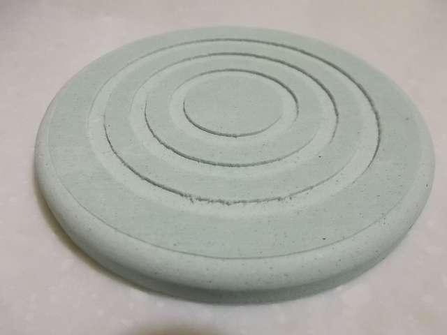 珪藻土コースター 丸型 開封、カラー:グリーン