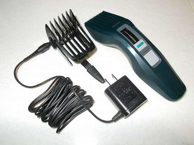 フィリップス 電動バリカン ヘアーカッター 交流式 HC3402/15 付属品、本体・コーム・クリーニングブラシ・電源アダプタ、取扱説明書