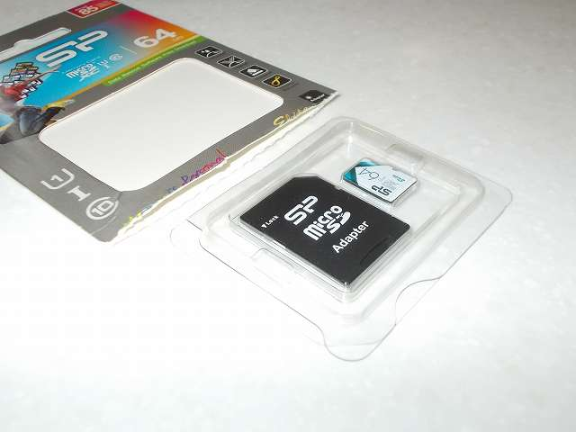 【Amazon.co.jp 限定】シリコンパワー micro SDXC カード 64GB class10 UHS-1 対応 最大読込 85MB/s アダプタ付 永久保証 SP064GBSTXBU1V20BS 開封