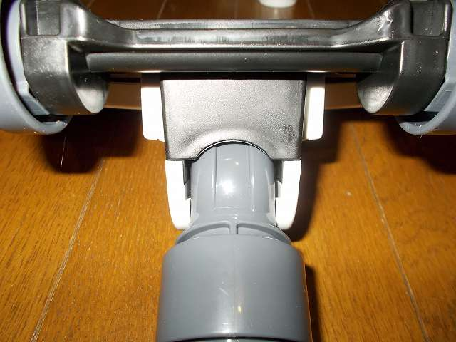 ツインバード TWINBIRD サイクロンスティック型クリーナー ホワイト TC-EA17W 床用吸込口 パイプ軸可動部