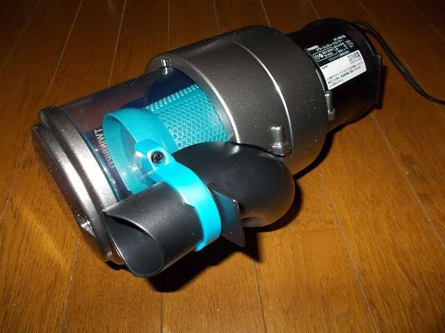 ツインバード TWINBIRD ハンディークリーナー ハンディージェットサイクロン EX HC-EB51GY、掃除機本体 底部 ブラシ・ノズル・パイプ差込口