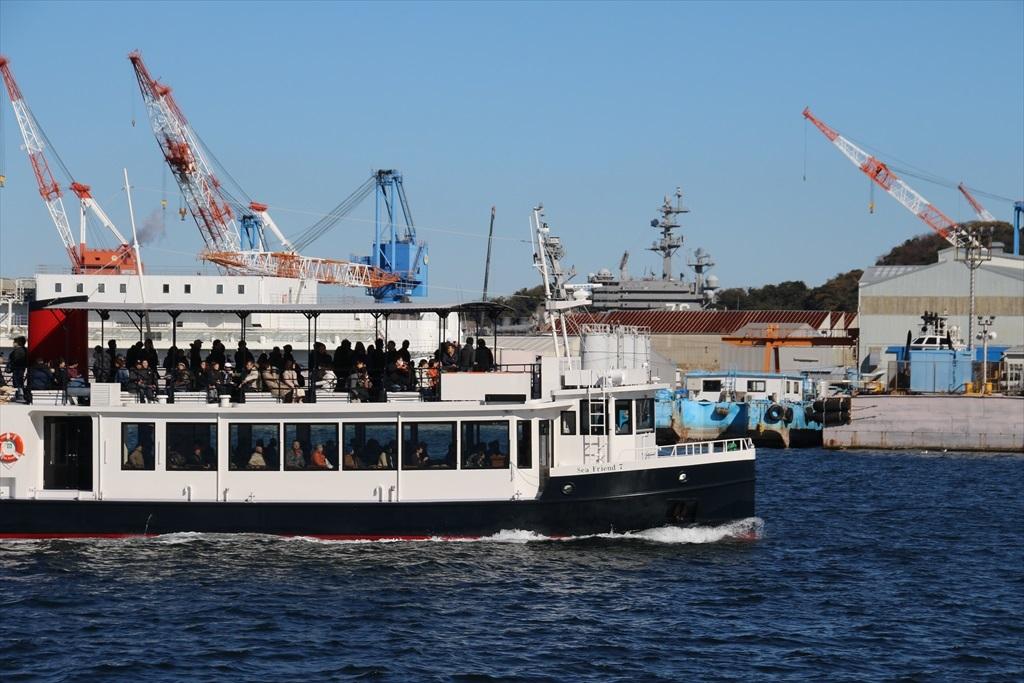 軍港めぐりの船_2