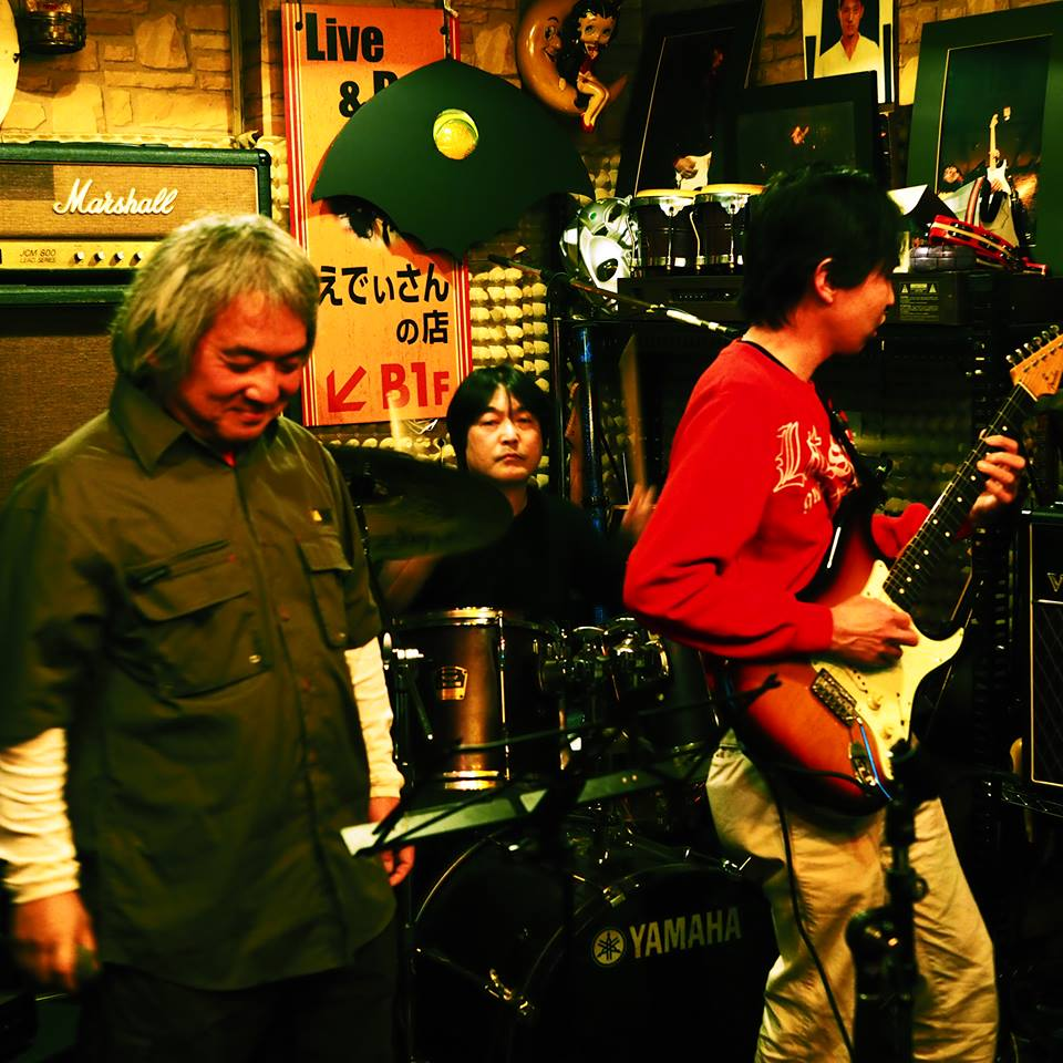 iwamoto-torisugari-hada.jpg