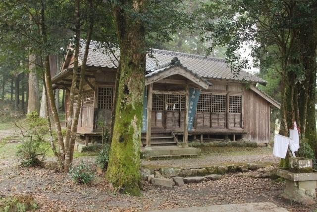 おっぱい神社 (5) (640x427)