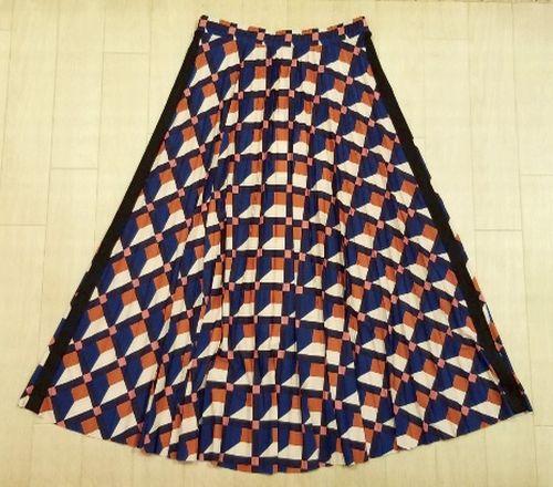 幾何柄スカート2