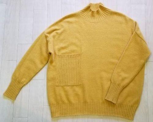 マスタードイエローハイネックセーター2