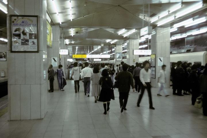 198511新宿_004