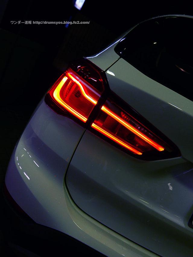 BMWX1_04_20161210143556d96.jpg