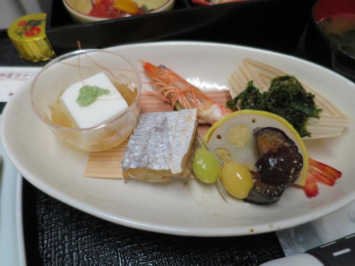JAL国内線ファーストクラス 機内食