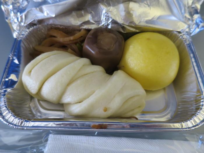 山東航空 青島-上海 機内食