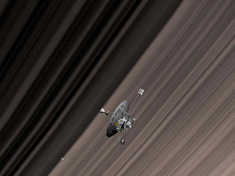 800px-Pioneer11_Saturn_ring.jpg