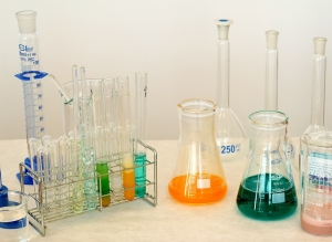 laboratory-1009178_960_720.jpg