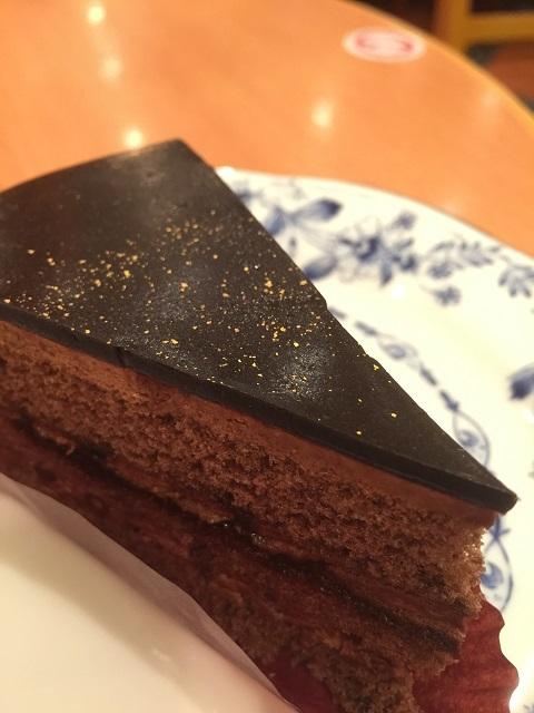 ドトールコーヒーショップ 大人のチョコレートケーキ