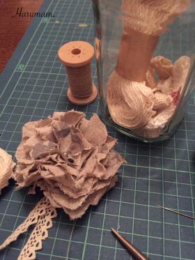 布花のコサージュを作りました