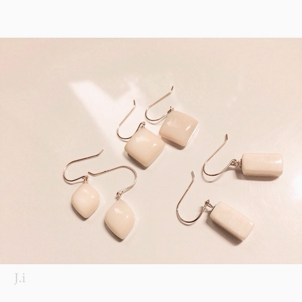 accessories_056_earrings.jpg