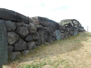 ④ 八幡山古墳石室 20161201 側面