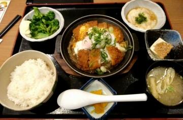 ヴィアHD いちげん カツ煮定食01 201612