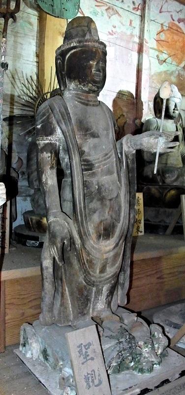 薬音寺・聖観音像